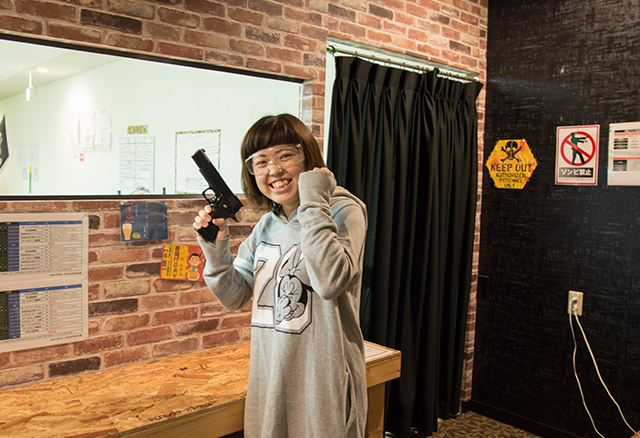 SHOOTING RANGE&BAR HEAVENS FRONTIER 名取店の写真